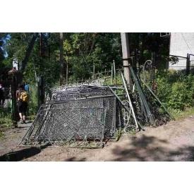 Демонтаж металевого паркану