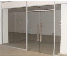 Изготовление цельностеклянных дверей под заказ