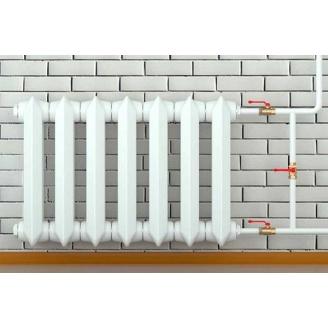 Установка отопительного чугунного радиатора