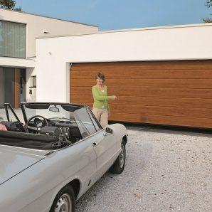 Ворота гаражні секційні Hormann RenoMatic 2500x2500 мм decograin Golden Oak