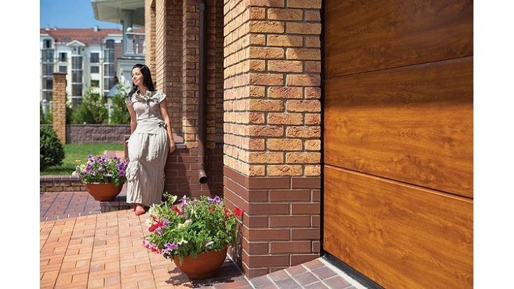 Секційні гаражні ворота: як вибрати і на що звертати увагу в 2021 році