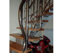Изготовление лестницы на металлическом каркасе