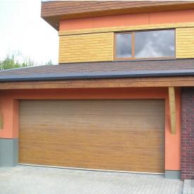 Ворота гаражные секционные Ryterna R40 woodgrain узкий гофр Golden oak