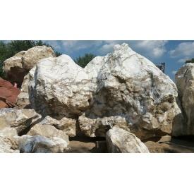 Камень кальцит дымчатый 500-1500 мм бело-серый