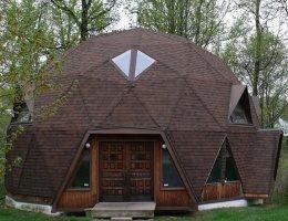 Купольный дом — это красиво, комфортно и экономично