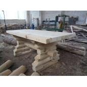 Деревяный стол из сруба свежеспиленной сосны под заказ