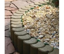Поребрик фигурный круглый Золотой Мандарин 500х80х250 мм на сером цементе горчичный