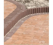 Поребрик фигурный круглый Золотой Мандарин 500х80х250 мм на сером цементе коричневый