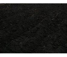 Чернозем богатый гумусом навалом черный