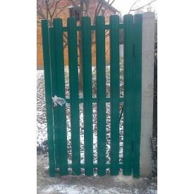 Калитка зеленая из штакетного профиля с односторонней зашивкой