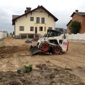 Благоустройство территории мини-спецтехникой после завершения строительства