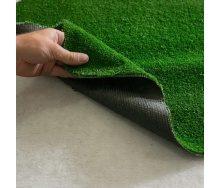 Штучна газонна трава на гумовій основі зелена для будинку 7 мм на відріз в рулонах