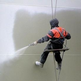 Окрашивание конструкций краскопультом безвоздушным способом