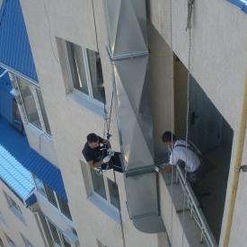Монтаж вентиляционных систем на фасаде здания