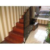 Изготовление деревянной лестницы  в современном стиле