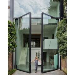Скляні вхідні двері