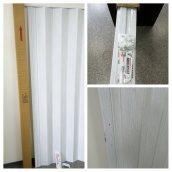 Двері гармошка ширма білий ясен 820х2030х0,6 мм гармошка розсувні міжкімнатні пластикова глуха