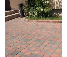 Тротуарна плитка Золотий Мандарин Старе місто 120х80 мм на сірому цементі червоний