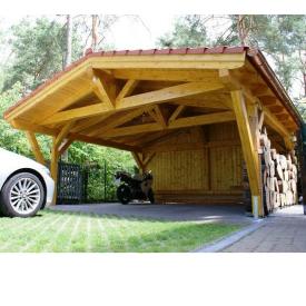 Будівництво дерев'яного навісу під замовлення
