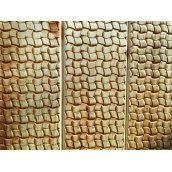 Декоративное тиснение узора Ротанговое плетение на вагонку из ольхи