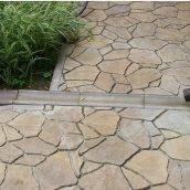 Відлив Золотий Мандарин 500х200х60 мм на сірому цементі персиковий