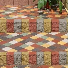 Тротуарна плитка Золотий Мандарин Квадрат малий 100х100х60 мм на сірому цементі персиковий