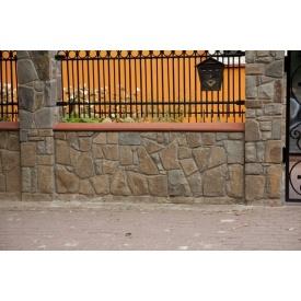 Зведення кам`яного паркану