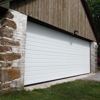 Секционные гаражные ворота Alutech Prestige S-гофр