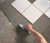 Як розрахувати витрату плиткового клею на 1 м2?
