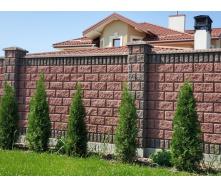 Блок декоративний рваний камінь з фаскою для паркану 390х90х190 мм червоний