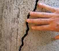 Чому тріскається бетон?