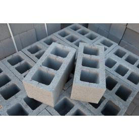 Блок цементный из гранитного отсева 20x20x40 см