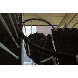 Виготовлення гвинтових сходів з металевим каркасом і дерев'яними сходинками