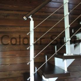 Виготовлення сходів з дуба на замовлення