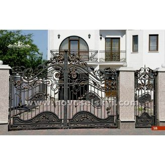 Ковані ворота розпашні відкриті з хвірткою