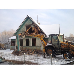 Демонтаж дачних будинків