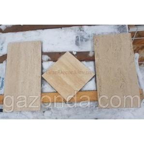 Плитка з натурального каменю травертин білий 1,3х30х60 см світло-бежева