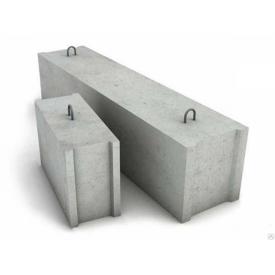 Фундаментный блок ФБС 9-3-6т 880х300х580 мм