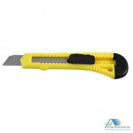 Нож универсальный пластиковый 18 мм 49384