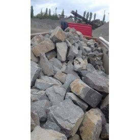 Камень бутовый 300-500 мм навалом