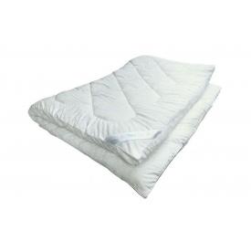 Ковдра Soft Plus зі спальним розміром 140x205