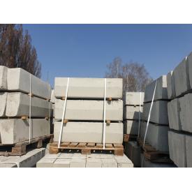Бордюр БР 100.30.15 бетон В 25 150х300х1000 мм