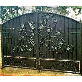 Кованая ворота закрыты Букет Б0048з Legran