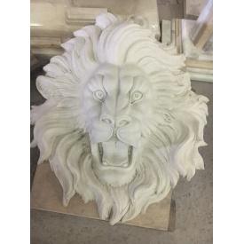 Лев из мрамора в виде барельефа