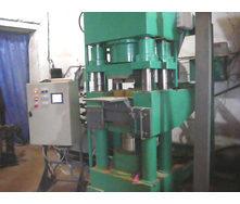 Пресс-автомат встречного прессования для производства кирпича