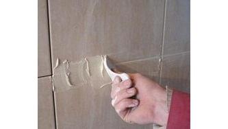Ремонт та відновлення затирки для плитки