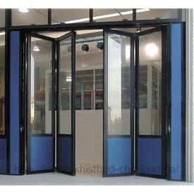 Складывающиеся двери гармошка из алюминиевого профиля Alumil