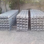Стовп для секційного бетонної огорожі 1,5 м