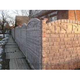Установка бетонного забора глянцевого