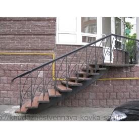 Лестница кованая входная